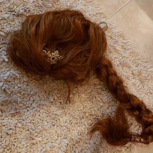 Halloween costume princess Fiona wig